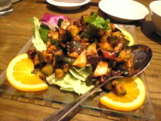 北京方庄_多摩センター「北京風味噌味サラダ」