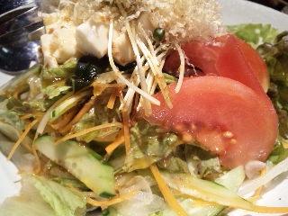 純まる 新宿「サラダ」