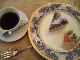 小倉山cafe SCENE「ケーキセット」