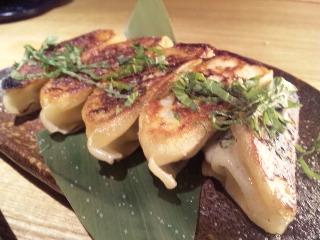 居酒屋 かまどか 新橋店「餃子」