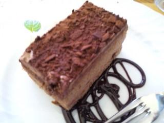 カフェ&バー マエストロ「チョコレートケーキ」