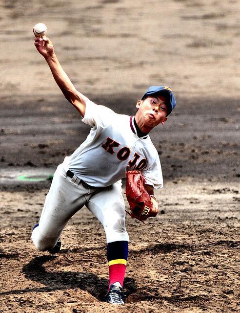 高橋裕也投手(向上高校3年)