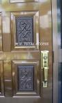 玄関ドア 補助錠取付前 外側