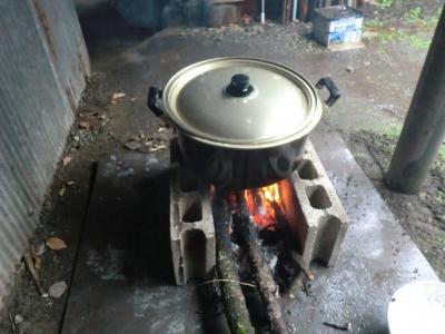 大豆を煮る