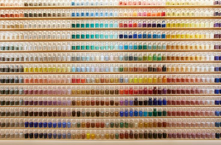 色彩と質感の地理学−日本と画材をめぐって—