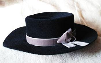 hat-02_141007