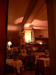 2日目ディナーのレストラン