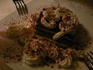 デザートはティラミス。
