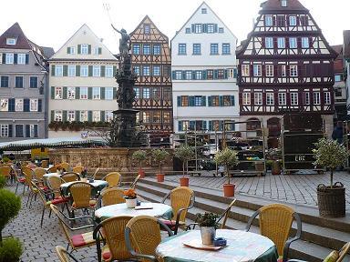 カフェも町並みもかわいい。