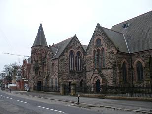 ベルファストのそこここに教会があります。