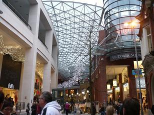ベルファストの新しいショッピングスポット、Victoria Square