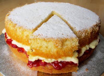 ヴィクトリアスポンジケーキ