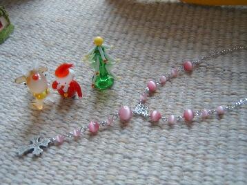 ピンクキャッツアイとクロスのネックレス
