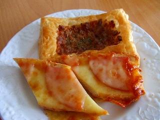 20060812朝食 Pret a gouterのパン