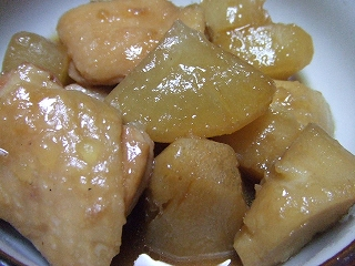 20090208夕食 鶏肉と大根、サトイモの煮物