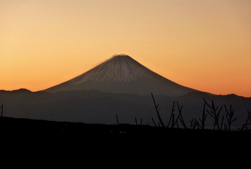 2010年元旦の富士山(八ヶ岳高原、ペンションメルヘン2Fより)