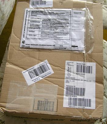 amazonの小包