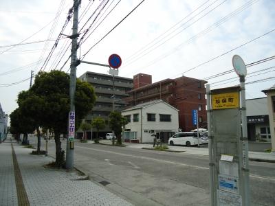 セブンイレブン松保町1