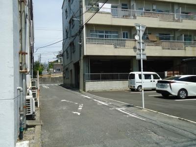 駐車場16