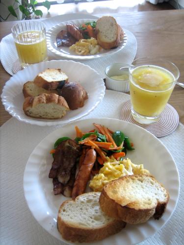 160710ワタナベの朝食