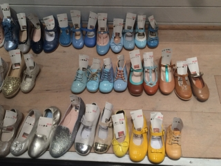 ブルージュ 子供靴