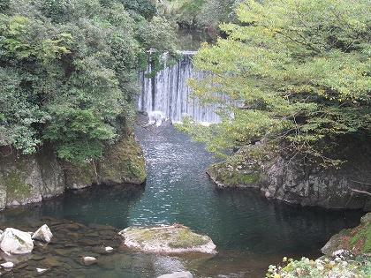間地トンネルそばの鯛生川砂防ダム付近