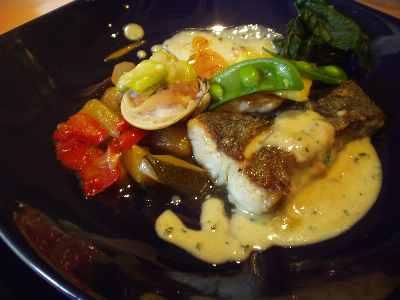 ランチ魚料理 スズキとエビのムース