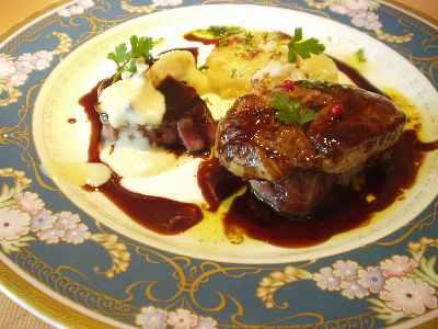 ランチ肉料理 フォアグラと牛フィレ肉のステーキ