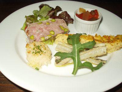 トラットリア ダ ニーノ 前菜