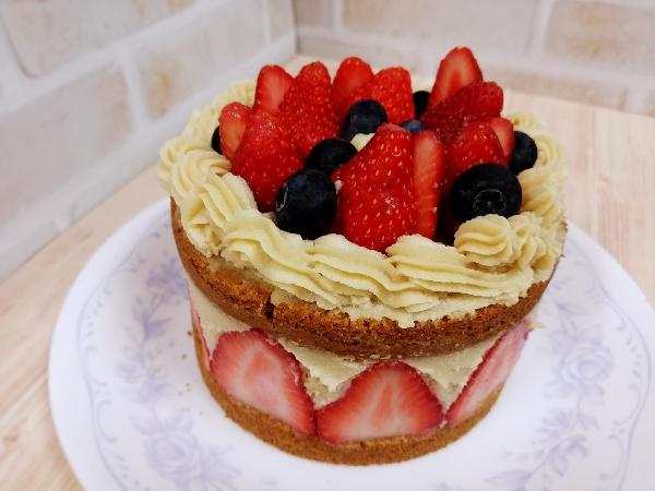 チャヤ イチゴのショートケーキ
