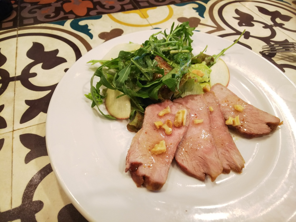 ガリシア栗豚のローストポークサラダ