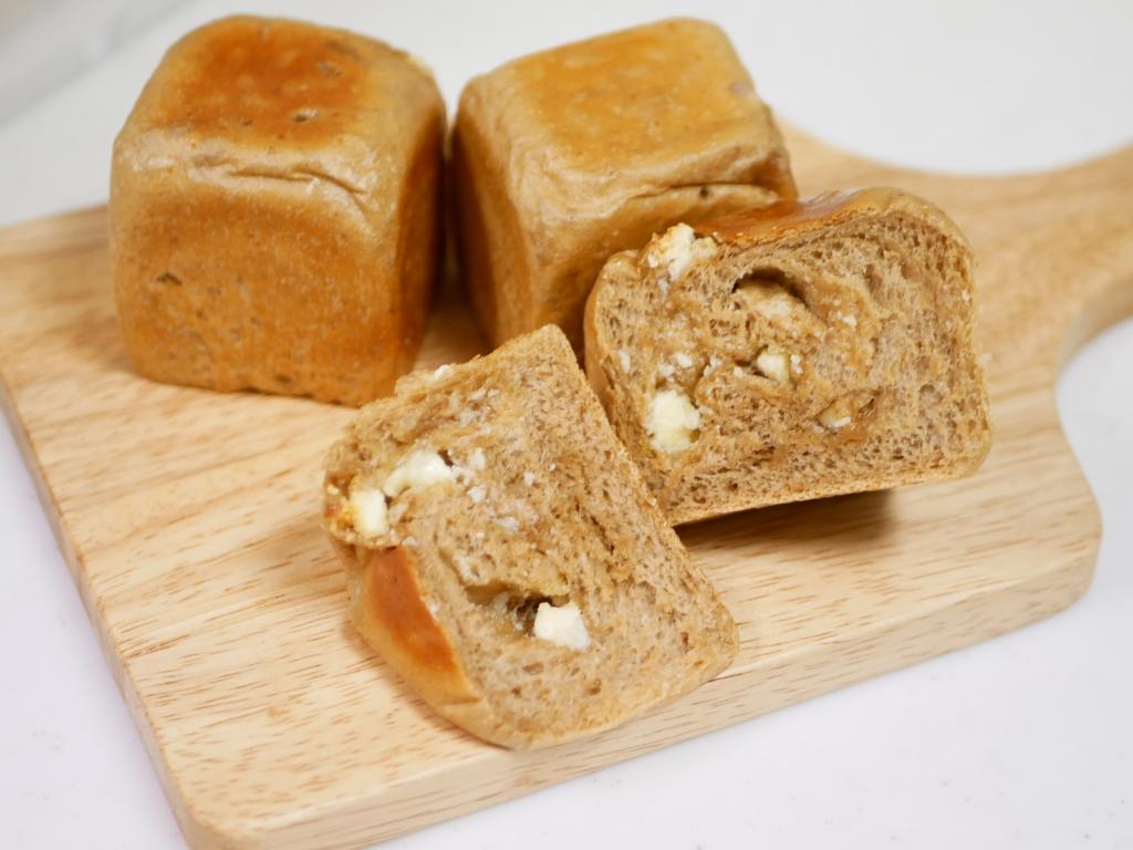 20190215-006-コーヒー×ホワイトチョコのキューブパン 自家製酵母 酒粕酵母.JPG