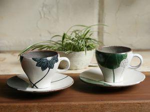 大谷桃子黒ハスのカップ&ソーサー