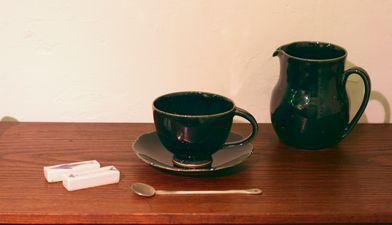 ルリ釉カップ&ソーサー