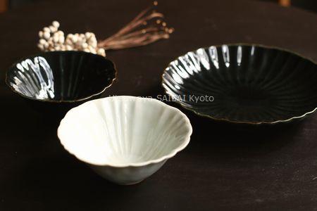 白磁輪花4寸鉢