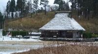 吹雪の中池見