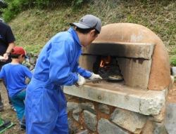 ピザ窯達人ボランティアさん