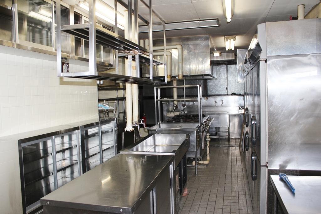 メイン厨房