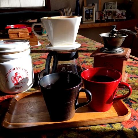 初コーヒーは木曽漆器のカップで