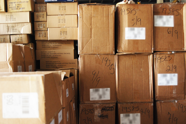 輸入貨物が届いて