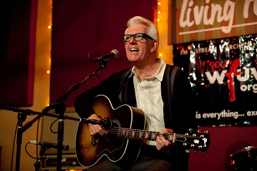 Nick Lowe with J-150 (2)