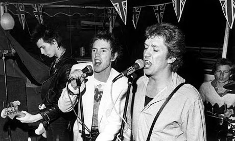 Boat Trip of the Sex Pistols in 1977.jpg