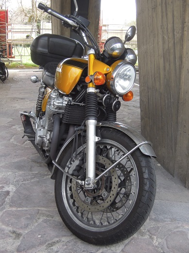 今日の1台ーHonda CB1100 Four by Whitehouse woth Moriwaki(2014) (1).jpg
