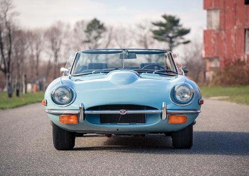 Jaguar E-type (Open) 1968.jpg