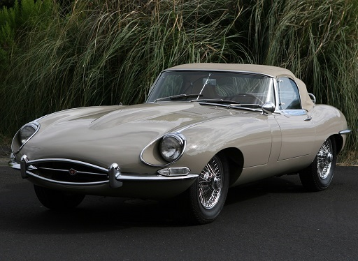 Jaguar E-type 1962.jpg
