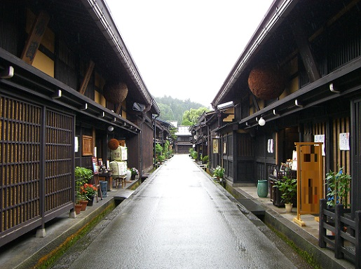 飛騨高山旧街道.jpg