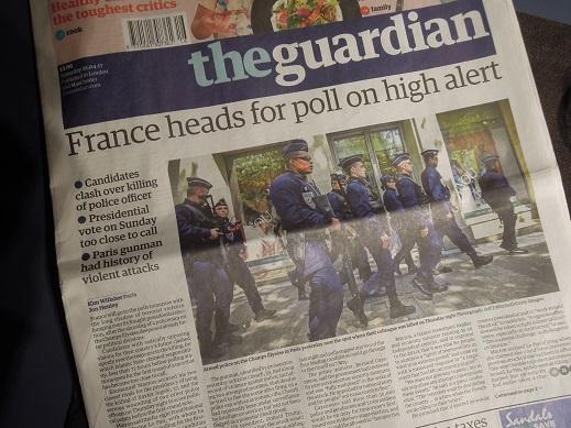 「the Guardian 『France Heads on Pole on High Alert』」 20170423号.JPG