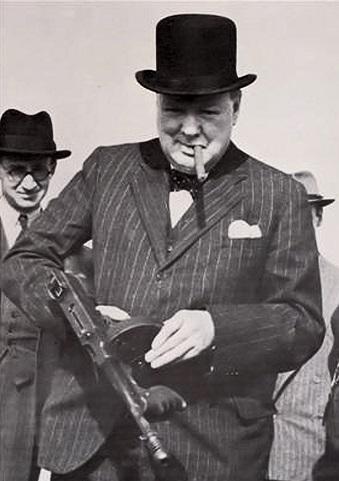 Winston Churchill with Sub Machine Gun.jpg