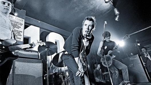 Sex Pistols at 100 Club in 1976 (2).jpg