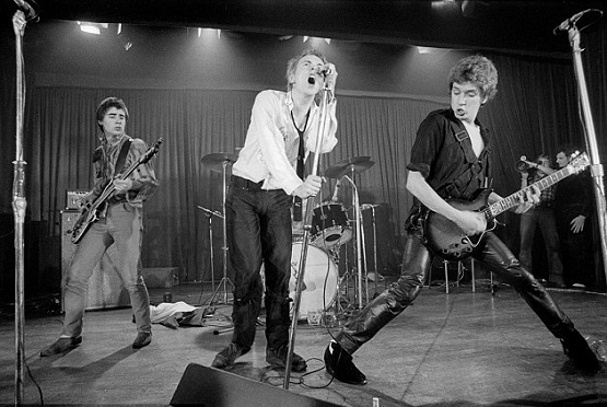 Sex Pistols 別(1976)